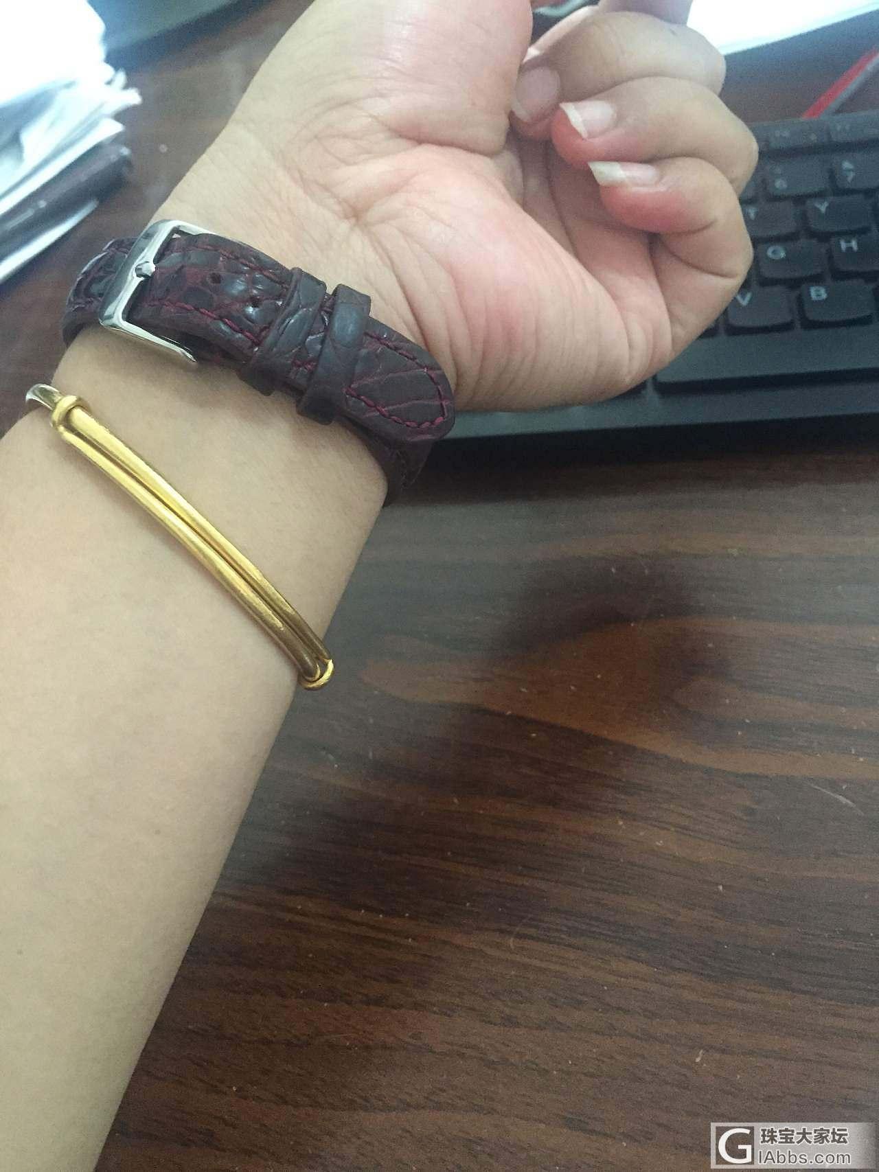 今天戴的_手表珠宝翡翠戒指手镯金
