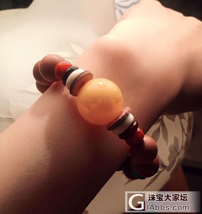 水个红包啦~新串的手串,最近串珠珠上瘾啦😝_木珠串