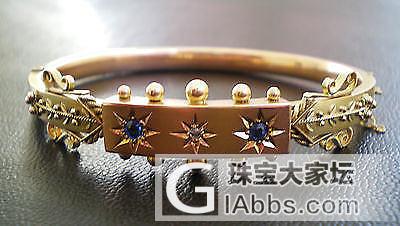 鉴赏 令人惊叹的Edwardian 9ct金蓝宝石和钻石手镯在伊特鲁里亚风格